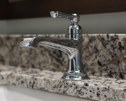 Sinks, Faucets & Fixtures